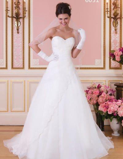 sweetheart wedding dress 6031