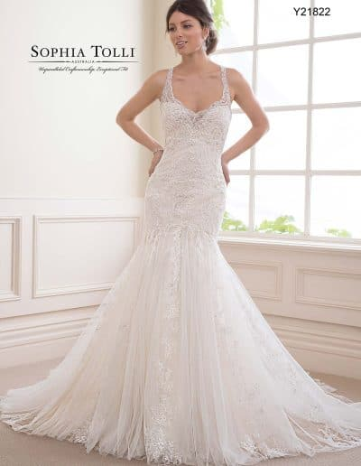 sophia tolli wedding dress Y21822A