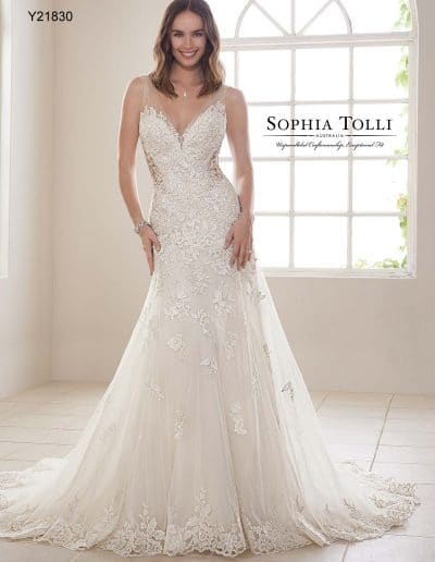sophia tolli wedding dress Y21830A