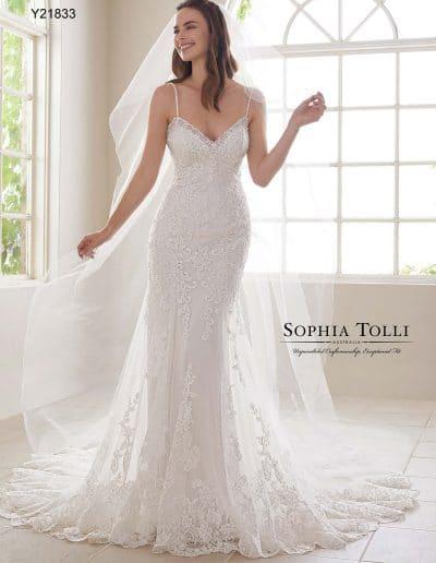sophia tolli wedding dress Y21833A